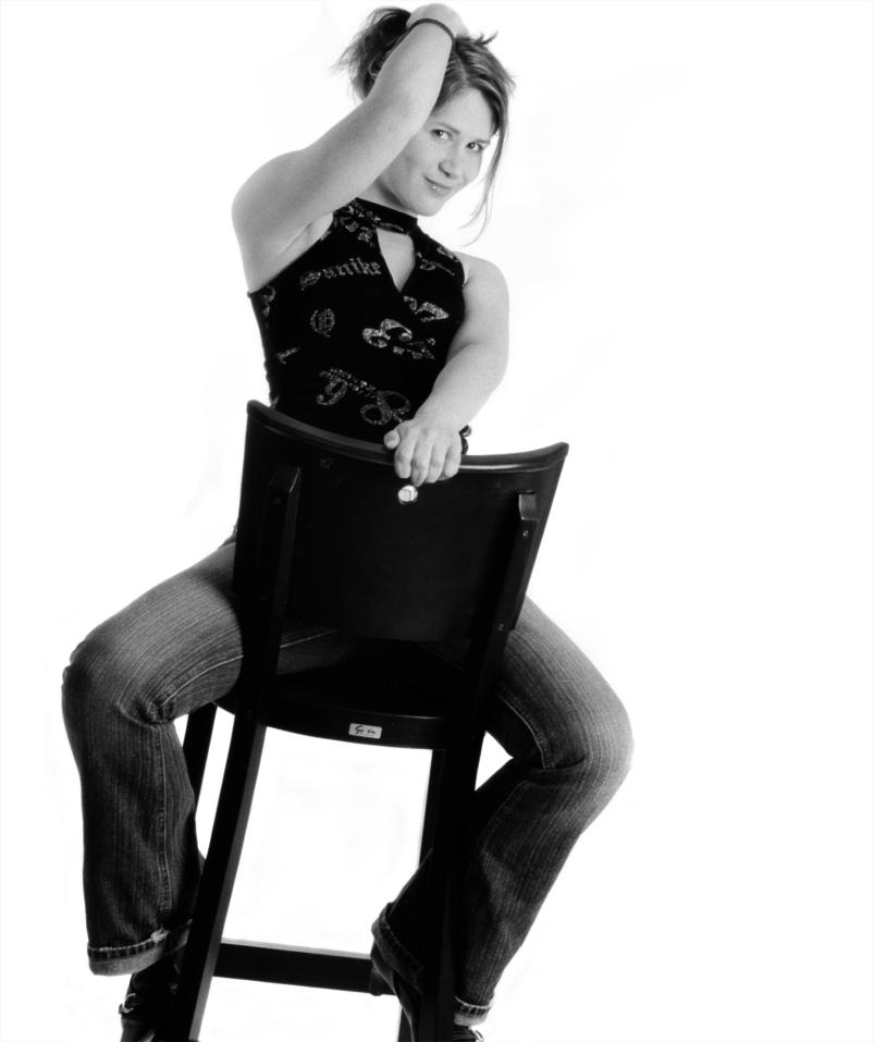 Portrait mit Stuhl
