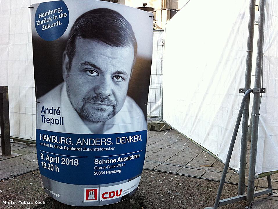 Schwarz-weißes Wahlplakat von André Trepoll in Hamburg
